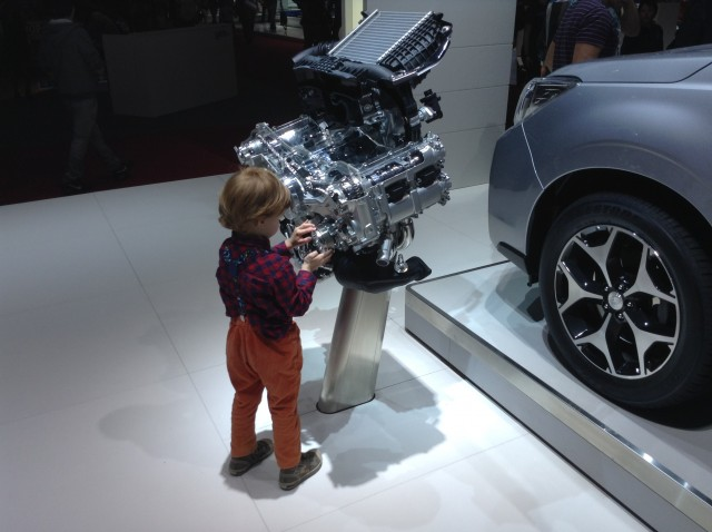 Автосалон Женева двигатель