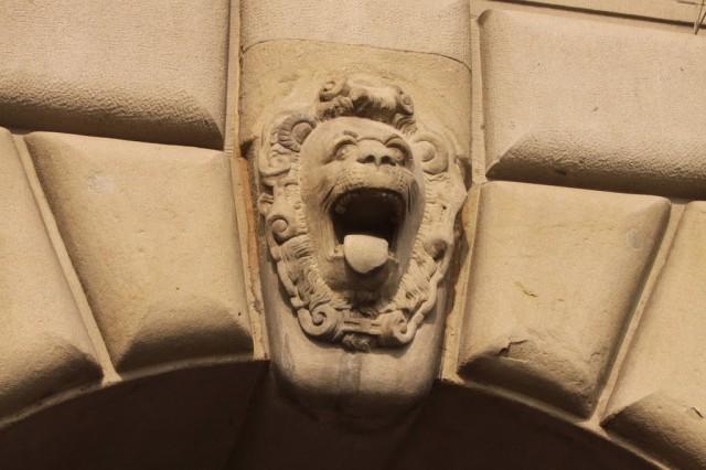 львы в Люцерне
