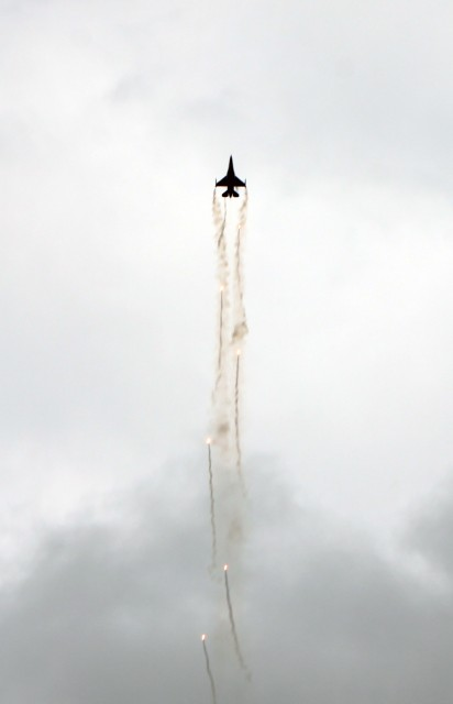 самолёт авиа шоу